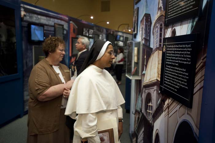 nun+in+exhibit