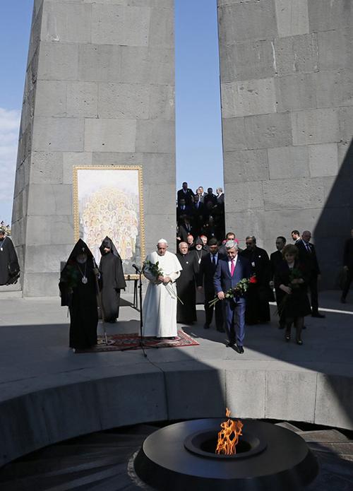 Pope_armenia_06